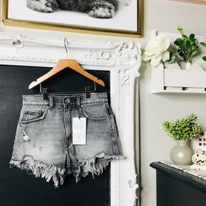 Zara Women's Shorts Sz 2 NWT
